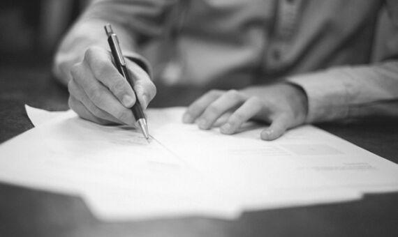 Umowy dotyczące spadku zawierane po otwarciu spadku – umowa zbycia spadku